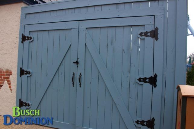 New Josephine's work-yard fence.